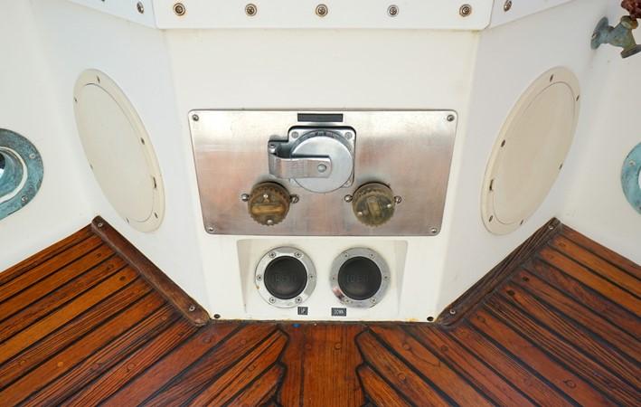 1988 GRAND BANKS Classic Trawler 2598363
