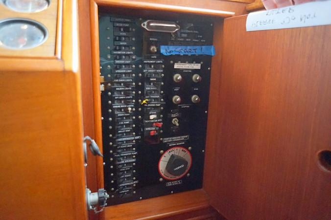 1988 GRAND BANKS Classic Trawler 2598384