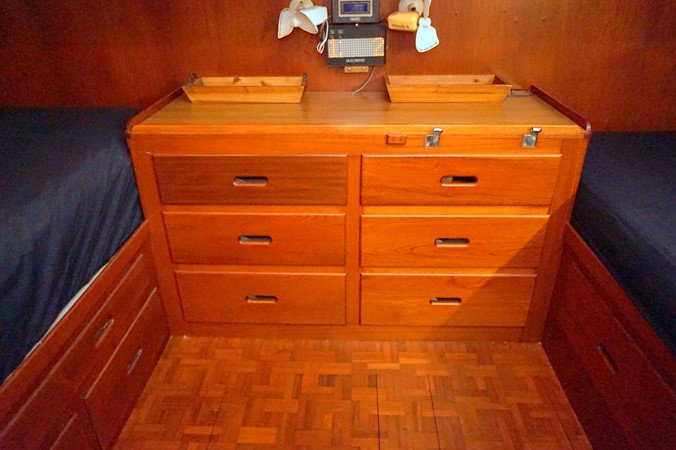 1988 GRAND BANKS Classic Trawler 2598408