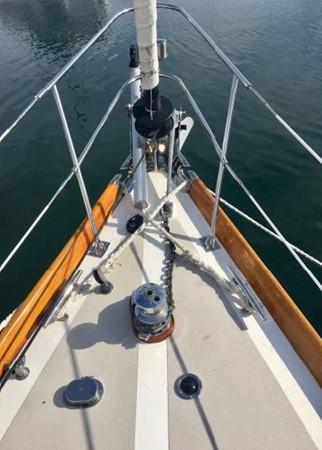 1989 HINCKLEY Sou'wester 42 Cruising Sailboat 2597827