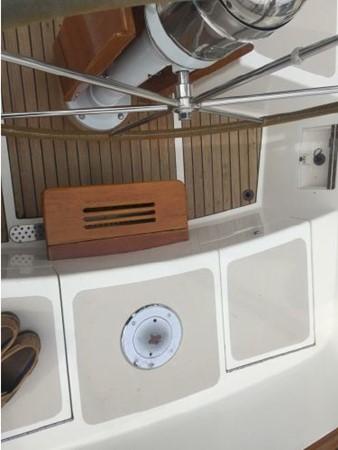 1989 HINCKLEY Sou'wester 42 Cruising Sailboat 2597844