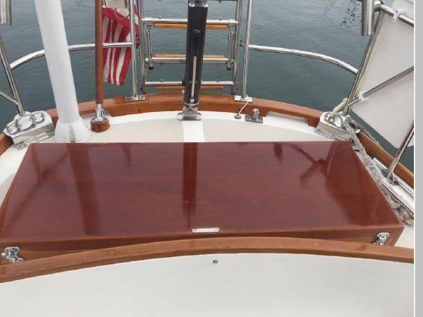 1989 HINCKLEY Sou'wester 42 Cruising Sailboat 2597849