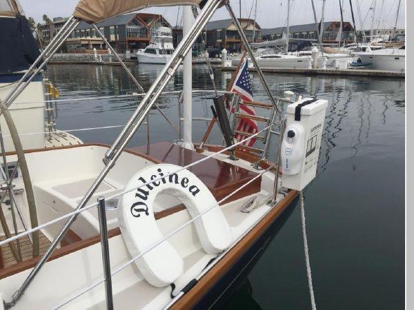 1989 HINCKLEY Sou'wester 42 Cruising Sailboat 2597850