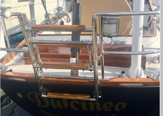 1989 HINCKLEY Sou'wester 42 Cruising Sailboat 2597851