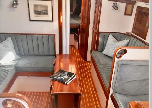 1989 HINCKLEY Sou'wester 42 Cruising Sailboat 2597857