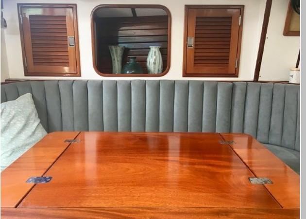 1989 HINCKLEY Sou'wester 42 Cruising Sailboat 2597860