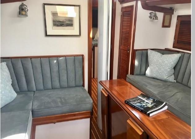 1989 HINCKLEY Sou'wester 42 Cruising Sailboat 2597868