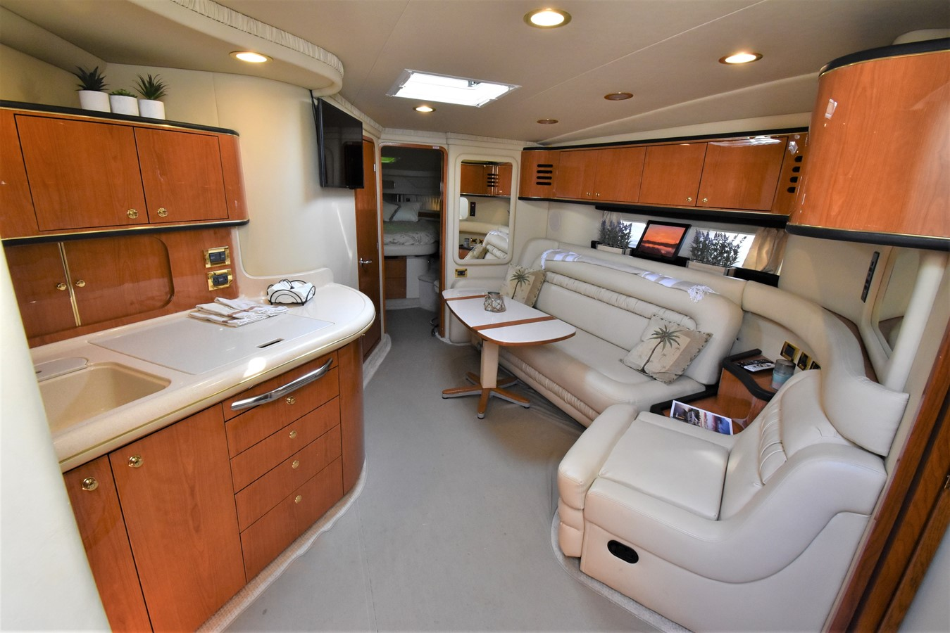2 2000 SEA RAY 46 Sundancer Cruiser 2666324