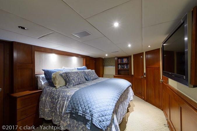 Master Stateroom 1999 BROWARD Motor Yacht Motor Yacht 2598527
