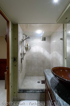 Port Guest Stateroom Head and Shower 1999 BROWARD Motor Yacht Motor Yacht 2598541