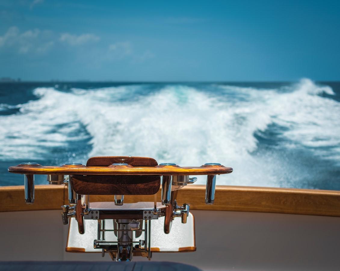 Fighting Chair 2011 MERRITT BOAT WORKS Enclosed Bridge  Sport Fisherman 2598736