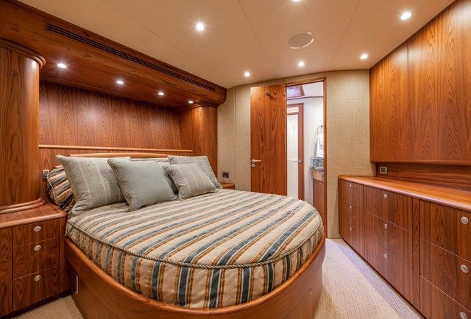VIP Stateroom - Forward 2011 MERRITT BOAT WORKS Enclosed Bridge  Sport Fisherman 2598728