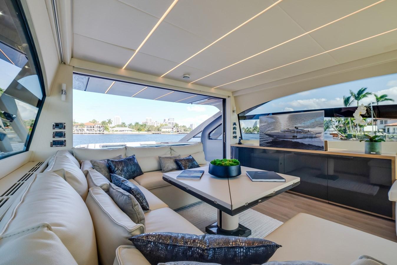 Salon  2017 PERSHING Motor yacht Motor Yacht 2717038