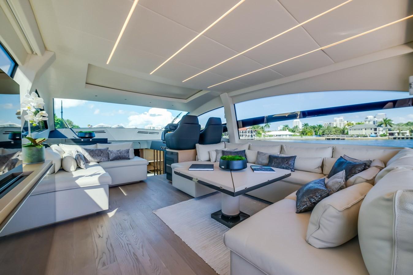 Salon  2017 PERSHING Motor yacht Motor Yacht 2717262