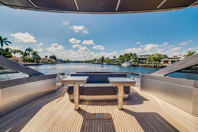 Aft Deck 4 2017 PERSHING Motor yacht Motor Yacht 2717030