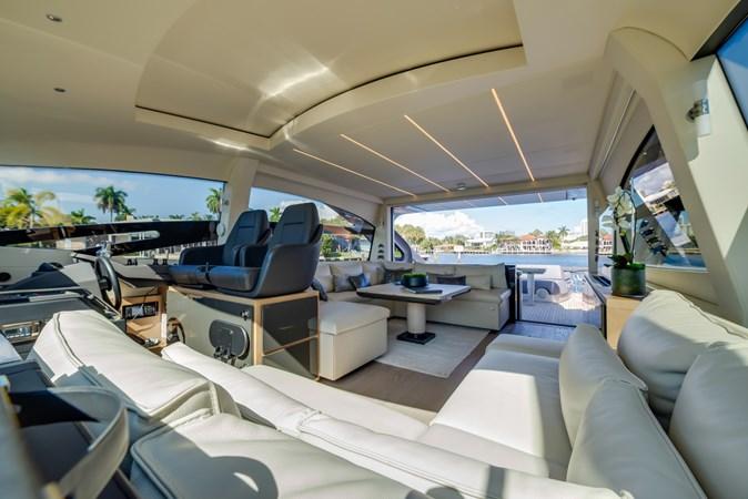 Salon 4 2017 PERSHING Motor yacht Motor Yacht 2717146