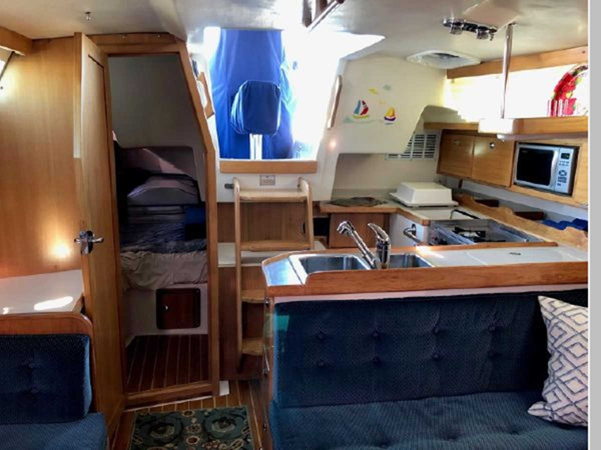 2006 CATALINA 36 MKII Cruising Sailboat 2599470