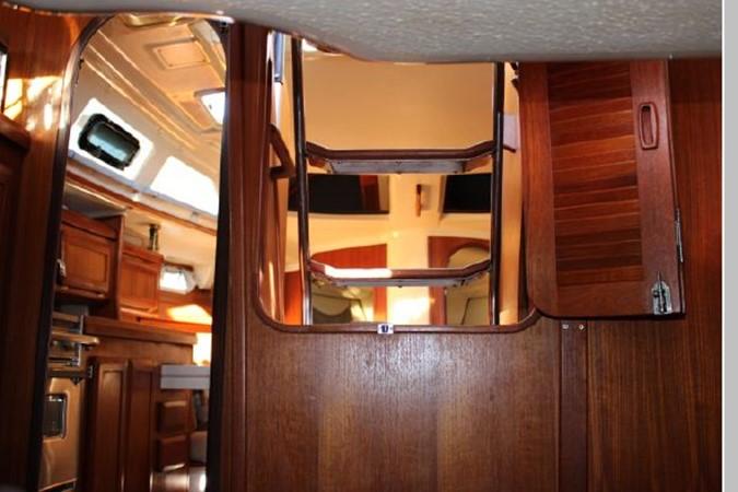 1993 HUNTER Vision 36 Cruising Sailboat 2599509