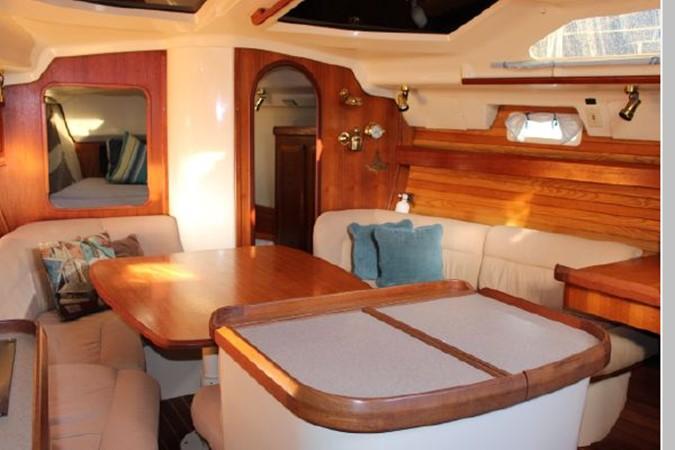 1993 HUNTER Vision 36 Cruising Sailboat 2599514