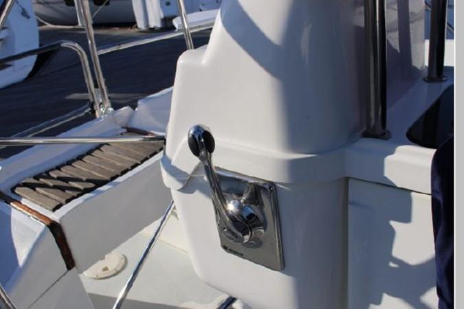 1993 HUNTER Vision 36 Cruising Sailboat 2599523