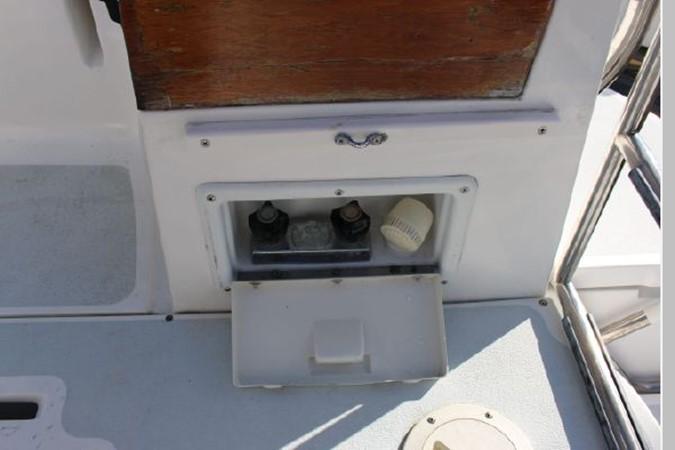 1993 HUNTER Vision 36 Cruising Sailboat 2599530