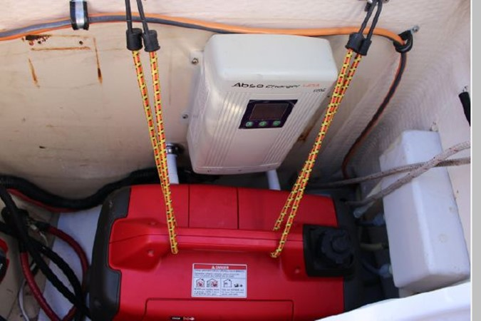 1993 HUNTER Vision 36 Cruising Sailboat 2599532