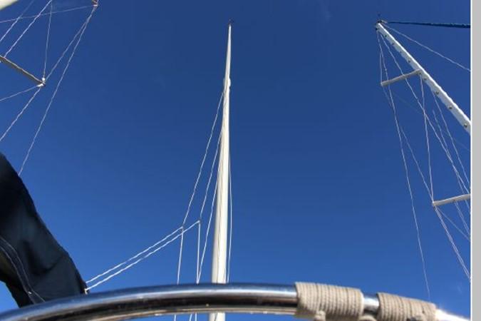 1993 HUNTER Vision 36 Cruising Sailboat 2599539
