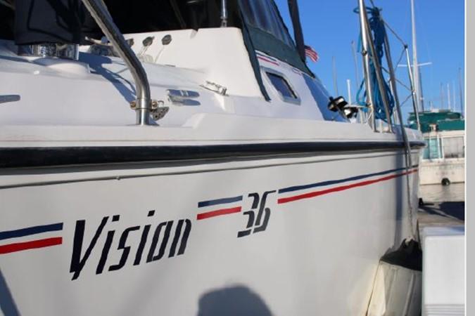 1993 HUNTER Vision 36 Cruising Sailboat 2599541