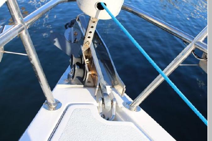 1993 HUNTER Vision 36 Cruising Sailboat 2599551