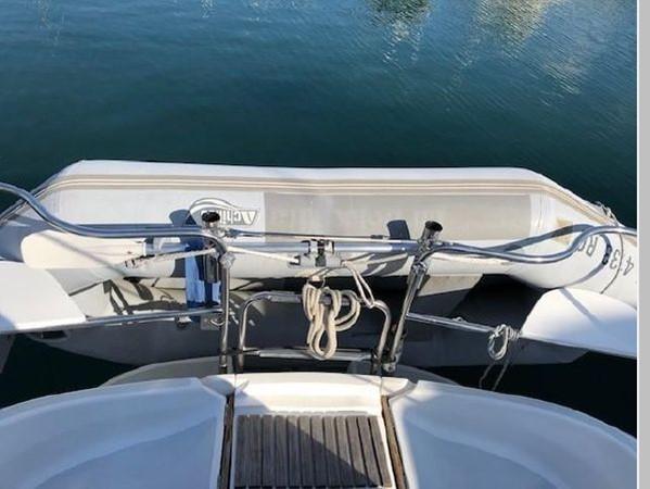 1993 HUNTER Vision 36 Cruising Sailboat 2599566
