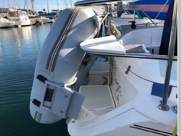 1993 HUNTER Vision 36 Cruising Sailboat 2599569