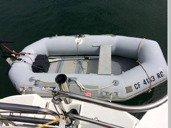 1993 HUNTER Vision 36 Cruising Sailboat 2599574