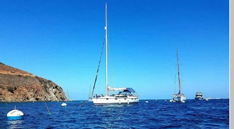 1993 HUNTER Vision 36 Cruising Sailboat 2599581