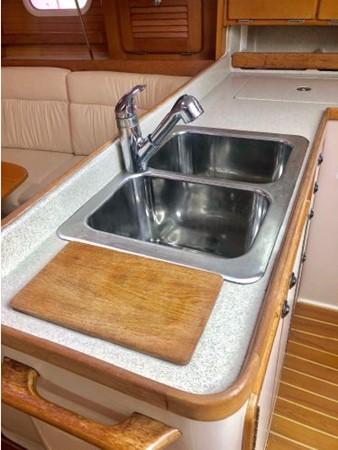 2006 CATALINA 34 MK II Cruising Sailboat 2599866