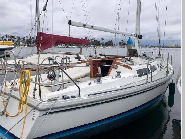 1987 CATALINA 34T Cruising/Racing Sailboat 2599939