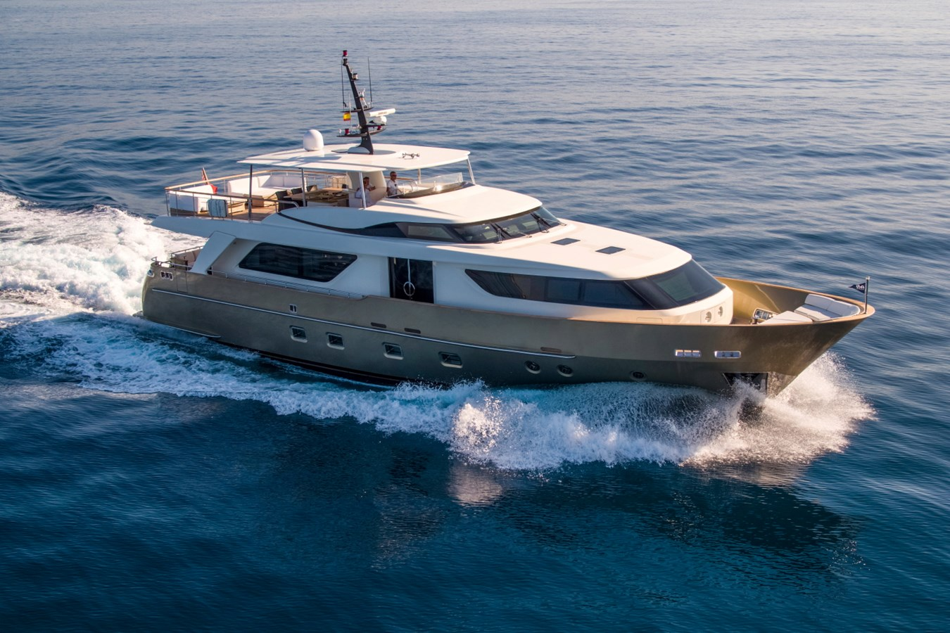 SL 92DS Underway 2010 SANLORENZO 92 SD Motor Yacht 2602763