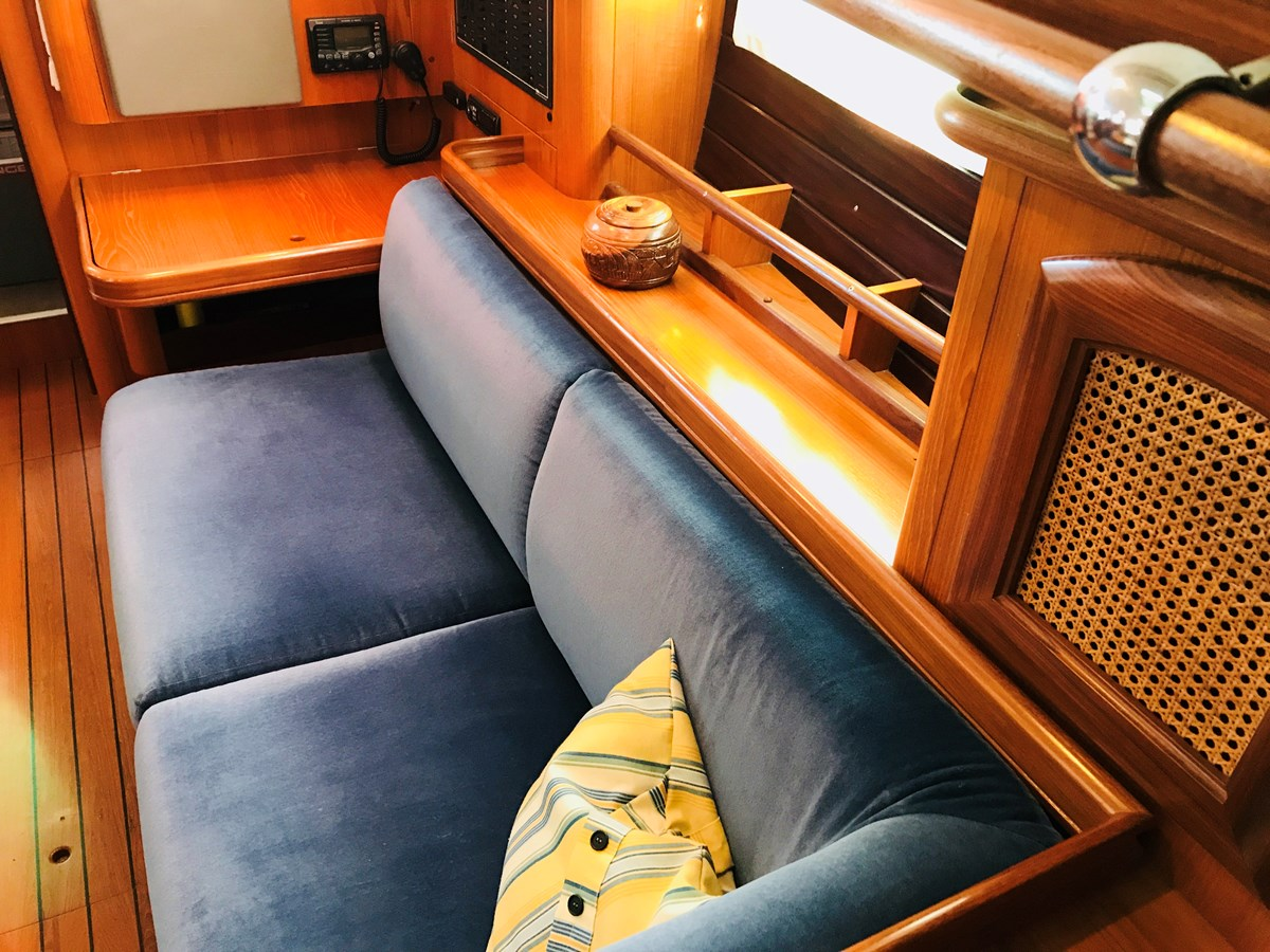 port settee 1998 BENETEAU Oceanis 461 Aft Cockpit 2603476