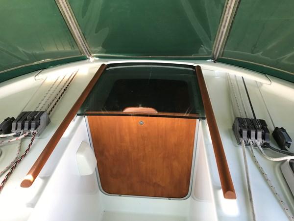 companionway 1998 BENETEAU Oceanis 461 Aft Cockpit 2603380