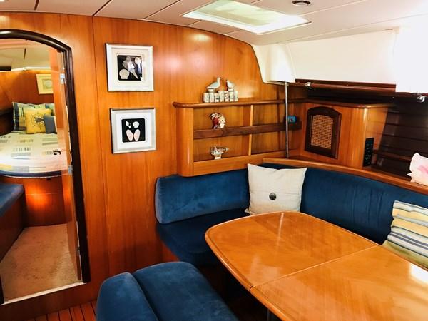 starboard bulkhead 1998 BENETEAU Oceanis 461 Aft Cockpit 2603468