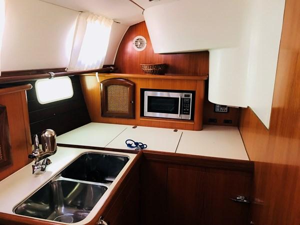 galley 1998 BENETEAU Oceanis 461 Aft Cockpit 2603532
