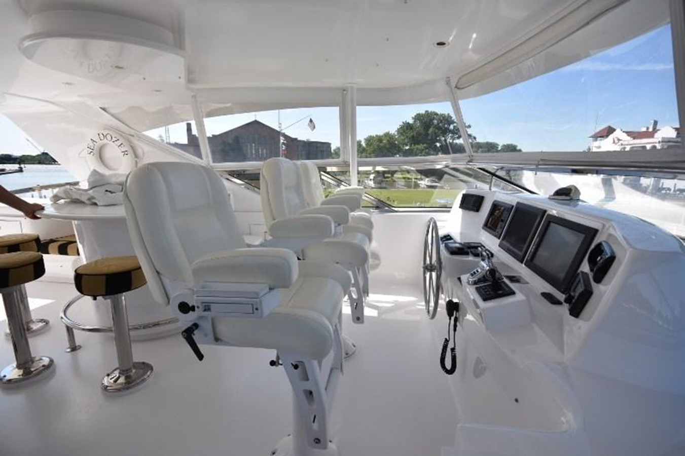 42 - 80 HATTERAS For Sale