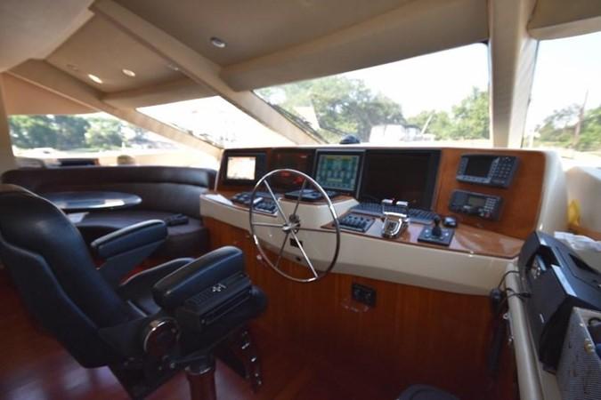 37 2004 HATTERAS 80 Motoryacht Motor Yacht 2666481