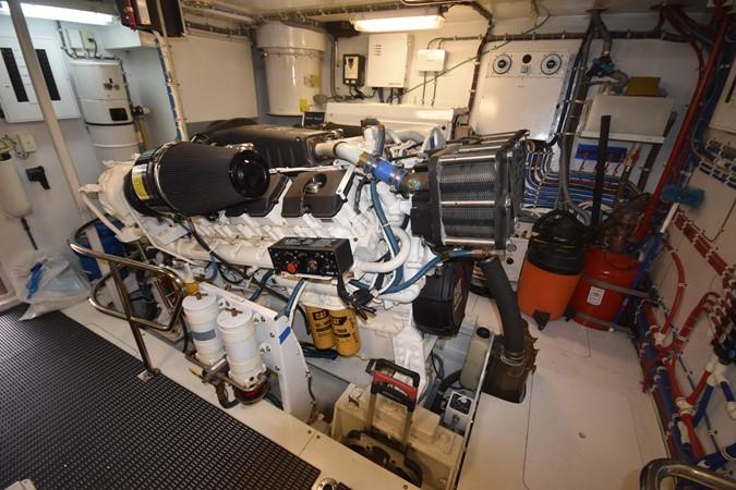 57 2004 HATTERAS 80 Motoryacht Motor Yacht 2666501