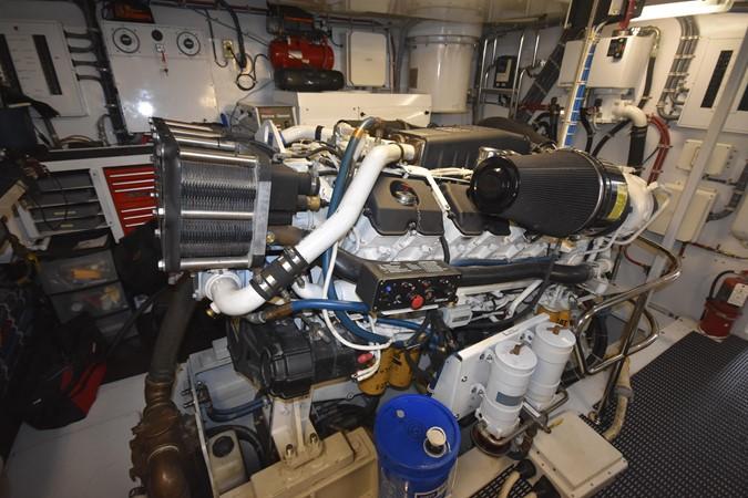 63 2004 HATTERAS 80 Motoryacht Motor Yacht 2666507