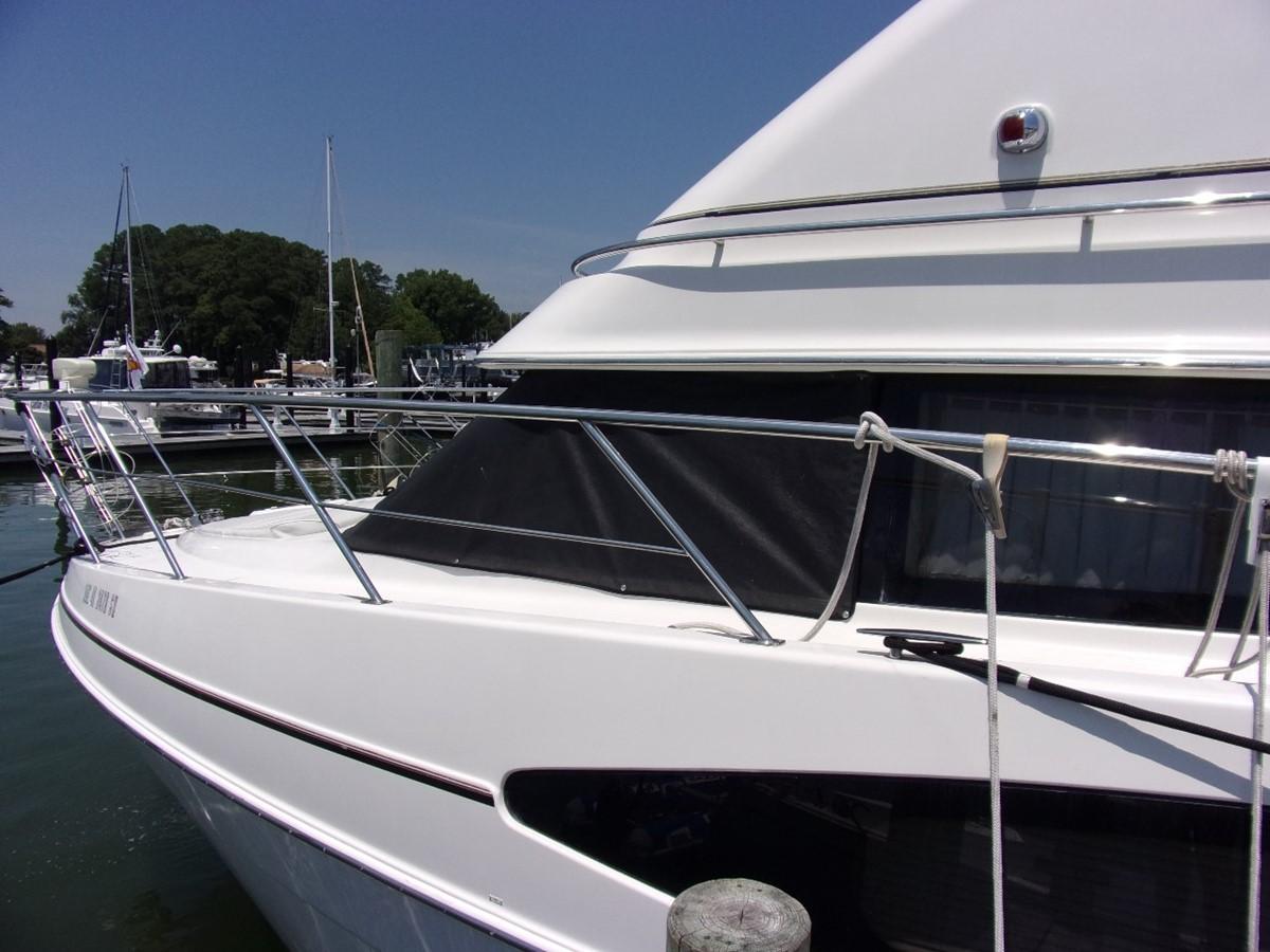 2004 CARVER 466 Carver Aft Cabin Motor Yacht 2604374