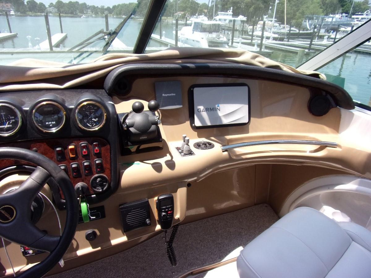 2004 CARVER 466 Carver Aft Cabin Motor Yacht 2604406