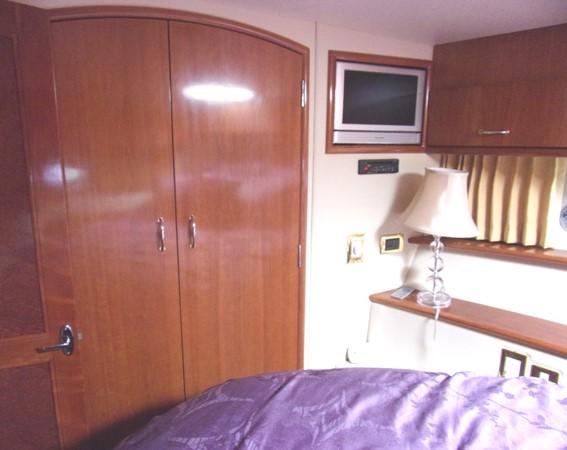 2004 CARVER 466 Carver Aft Cabin Motor Yacht 2604396