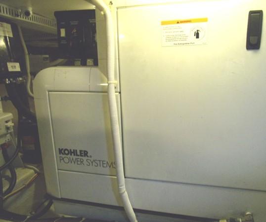 2004 CARVER 466 Carver Aft Cabin Motor Yacht 2604403
