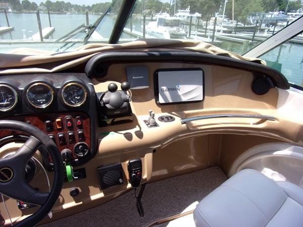 2004 CARVER 466 Carver Aft Cabin Motor Yacht 2604405