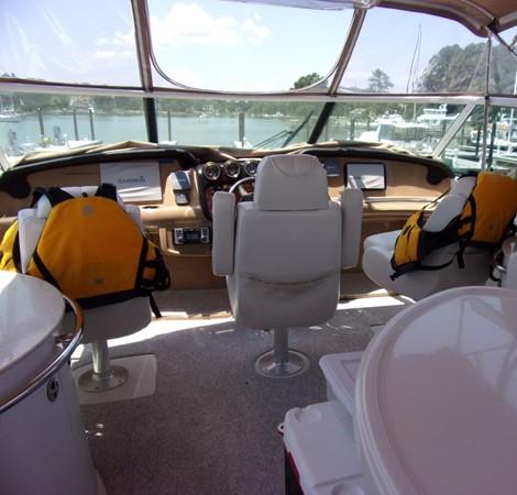 2004 CARVER 466 Carver Aft Cabin Motor Yacht 2604410